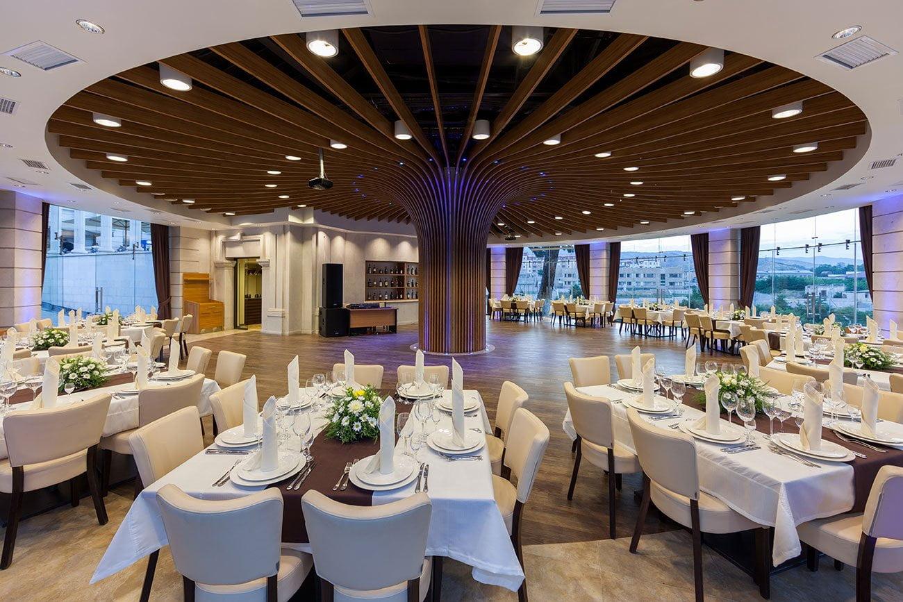 drugoye foto vida banketnogo zala v restorane gostinitsy VALLEKS GARDEN, Stepanakert