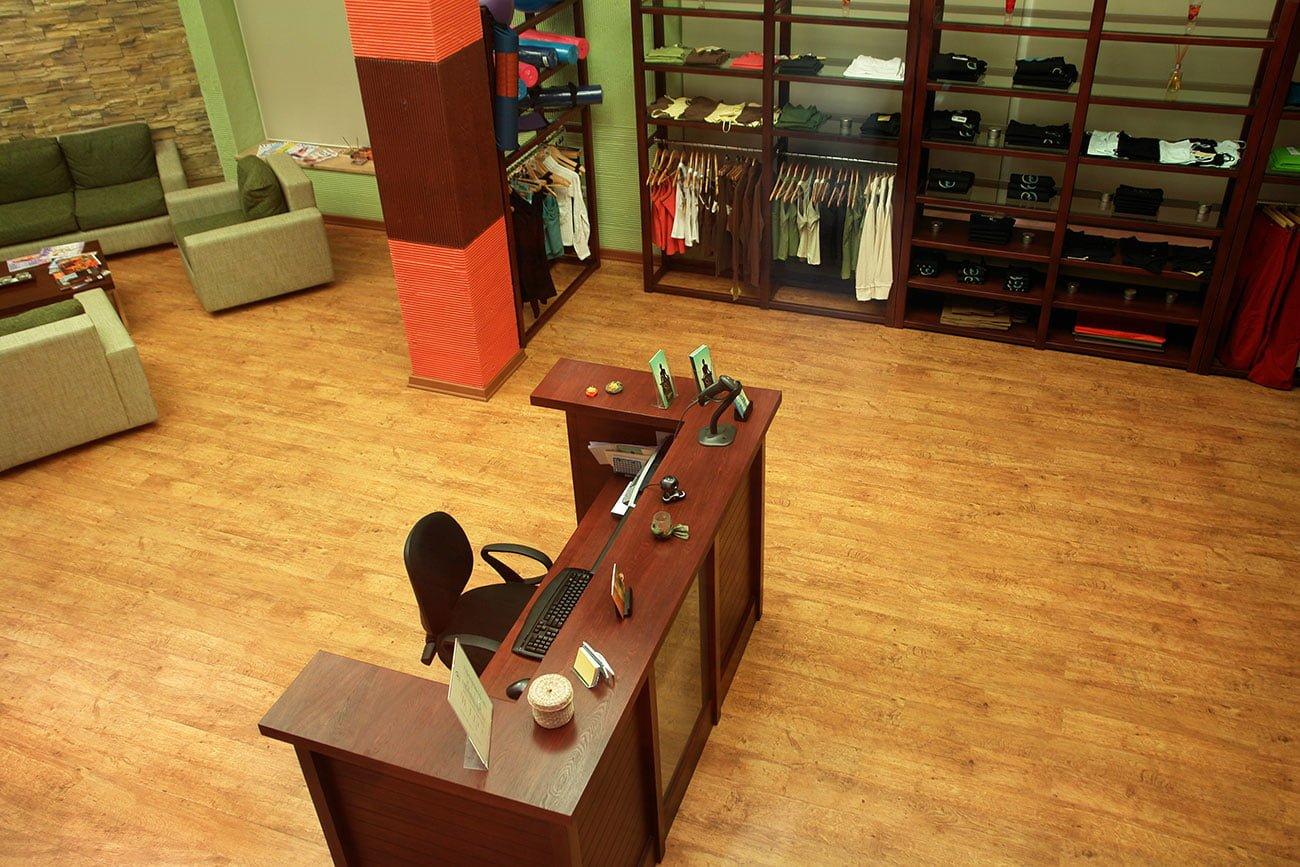 foto kholla s 2-go etazha v shoonch studiya Yogi Pilates SPA DIZAYN studii IMAGEMAN