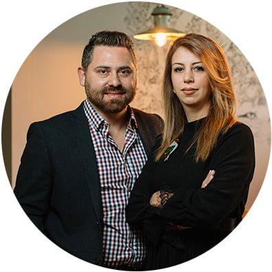 kruglaya fotografiya Karsyan Mikaela i Patritsii