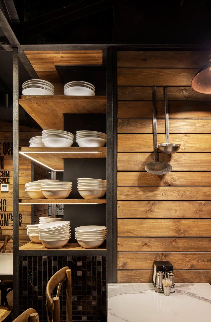 фото обстановки ресторана Grillian концепция, нейминг, брендинг, дизайн помещения